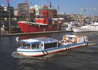 Cabrio-Feeling im Hafen